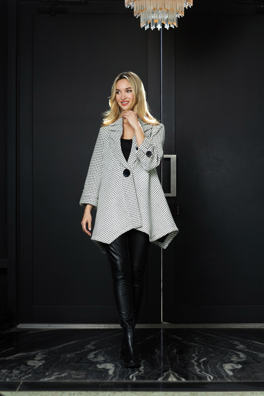 Joseph Ribkoff Black/White Outerwear Style 213950